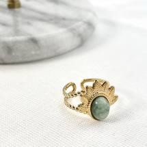 J A D E 💎 👀 Le saviez-vous ? La jade est une pierre qui protège contre le mal, attire la chance et favorise l'amitié ✨  Découvrez nos bagues en pierres naturelles sur www.palomabijoux.com 👩🏻💻 . . . . . .  . . . .  #bijou #bijoux #bijouxacier #bijoudoré #bijouxfantaisie #bracelets #lyon  #rhonealpes #france #cadeaufemme #baguebreloque #juillet #2021 #ete #summer #ete2021 #personnalisation #braceletete #braceletsete #été #ete #braceletgraves #bijoupersonnalise #gravure #palomabijoux