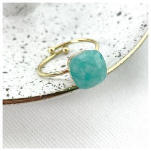 ✨ 𝑩𝒂𝒈𝒖𝒆 𝒕𝒖𝒓𝒒𝒖𝒐𝒊𝒔𝒆 ✨ ♡ Pierre semi-précieuse, la turquoise protège des ondes négatives 🦋  Découvrez nos bijoux fantaisie en pierres naturelles sur www.palomabijoux.com 👩🏻💻 . . . . . .  . . . . . #bijou #bijoux #bijouxacier #bijoudoré #bijouxfantaisie #bracelets #lyon #bijouxfemmes #cadeaufemme #baguebreloque #summer #personnalisation #braceletete #braceletsete #palomabijoux #bijouxlover #cadeaumaman #cadeaumamanbijoux #gravurebijoux #baguedujour #pierres #goodmood #turquoise